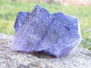 Fluorit fialový