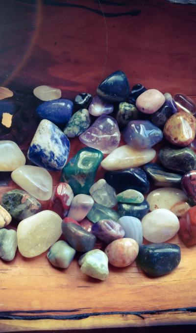 Tromlované kameny