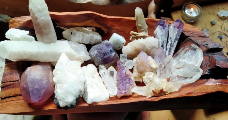 Základy práce s energií krystalů – Korunní čakra