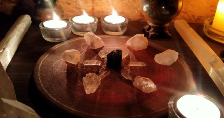 Krystalová mřížka na ochranu